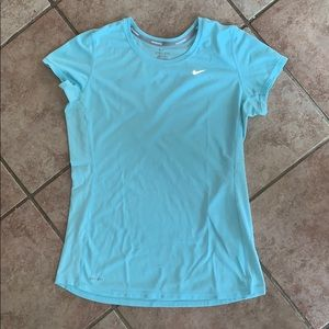 NIKE DRI-FIT MEDIUM